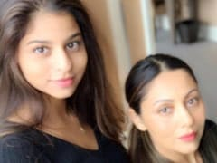 Gauri Khan Is Busy 'Learning' Make-Up Tips From Suhana