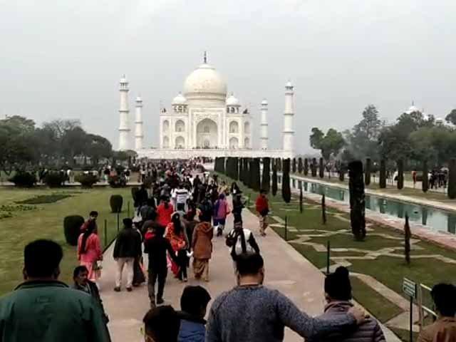 Video : Taj Mahal Still Busy, But 600 Cancellations At Top Agra Hotel Amid Coronavirus Scare