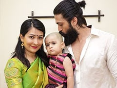 """Nothing To See Here, Just A Pic Of Yash And Radhika Pandit With A """"Totally Kissable Head In Between"""""""