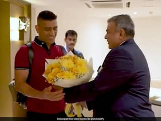 IPL 2020: MS Dhoni Gets Warm Reception After Reaching Chennai To Begin Training