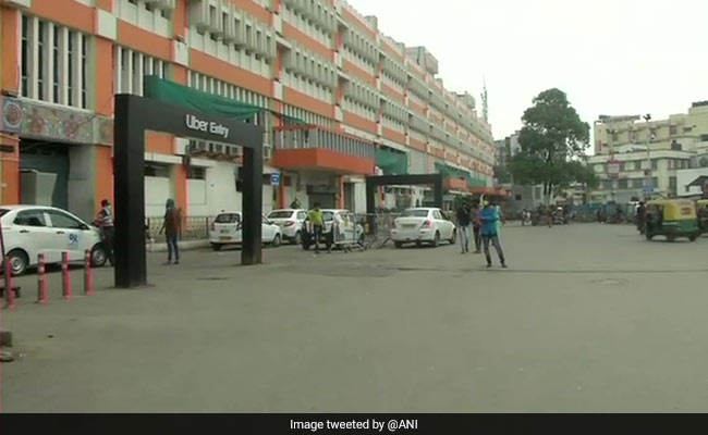 Kolkata's Sex Workers In Crisis Amid Lockdown; Masks, Ration Distributed