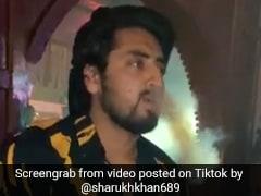 Delhi Violence: टिकटॉक पर हुक्के से कश लगाता दिखा फायरिंग करने वाला शाहरुख, बनाए हैं ऐसे Video