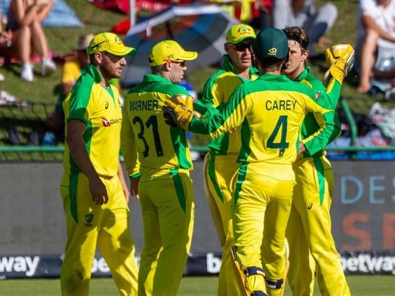 Coronavirus: Australian Cricketers Stick With Handshakes Despite Threat