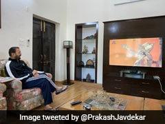 लॉकडाउन के बीच आज प्रसारण हुआ रामायण का पहला एपिसोड, प्रकाश जावड़ेकर ने भी टीवी पर देखा
