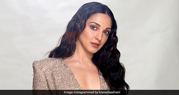 Kiara Advani Celebrates The Release Of Guilty With A Guilt-Free Cake (See Pics)