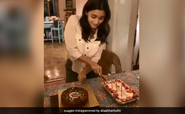 Watch: Alia Bhatts Birthday Celebration Was Full Of Foodie Fun And 5 Beautiful Cakes (See Pics)