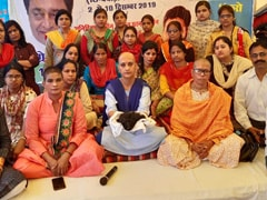 अंतरराष्ट्रीय महिला दिवस पर मध्यप्रदेश में महिला अतिथि विद्वान ने कराया मुंडन