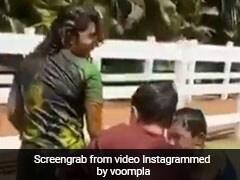 प्रियंका चोपड़ा पर इन लड़कों ने बाल्टी भरकर फेंका पानी, देखते रहे निक जोनास- देखें Video