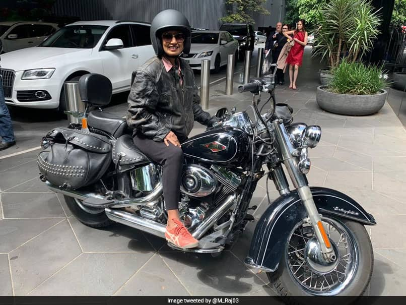 mithali raj arrive in style to watch India Australia Womens T20 World Cup