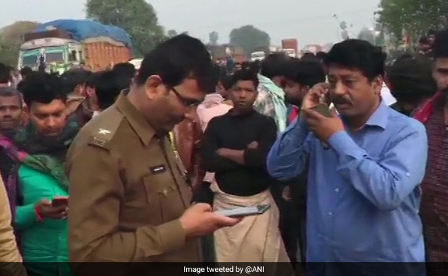 12 Dead, 3 Injured After Car-Tractor Collision On Highway In Bihar
