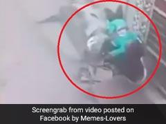 लड़की ने हवा में उड़ाई गाड़ी और फिर हुआ कुछ ऐसा, लोग बोले- 'पापा की परी, रोड पर पड़ी...' देखें Viral Video