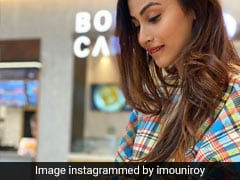 Mouni Roy Makes Mumbai's Favourite Street Food Pav Bhaji At Home (See Video)