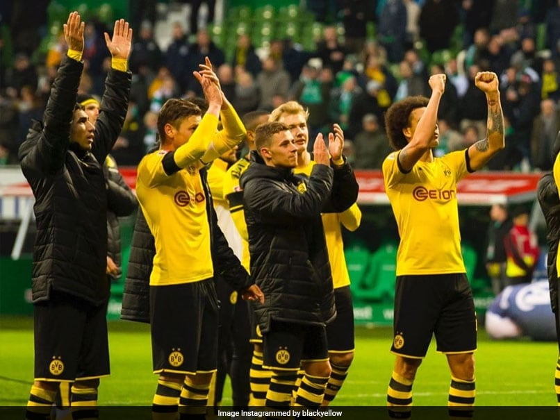 Borussia Dortmund Fans Donate Over 70,000 Euros To Bars, Restaurants Around Stadium