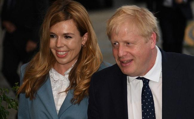 कोरोना को मात देने वाले ब्रिटिश PM बोरिस जॉनसन के घर आई खुशखबरी, मंगेतर कैरी ने बेटे को दिया जन्म