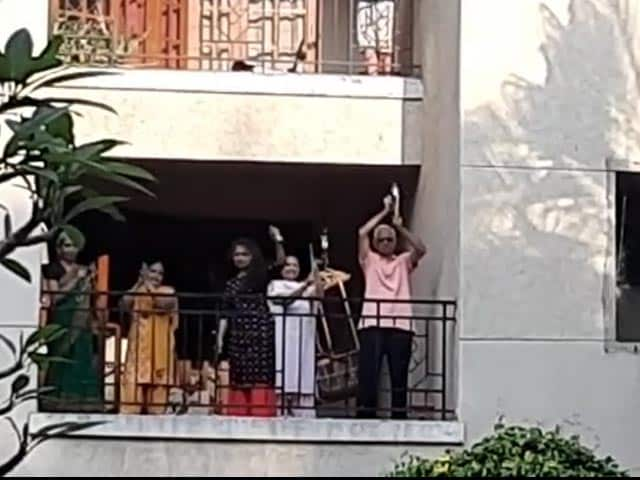 Video: Residents Clap From Balconies As They Prep For 'Janata Curfew'