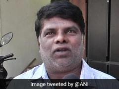 गुजरात में मुस्लिम शख्स ने मंदिर बनाने के लिए किया ऐसा काम, घर-घर जाकर मांगी मदद