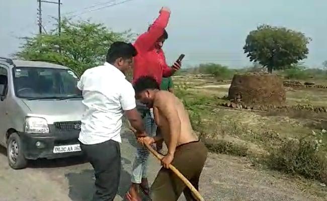 Video Shows 2 Muslim Men Thrashed In UP, Allegedly Over Delhi Violence