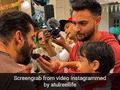Lockdown के बीच सलमान खान ने परिवार संग कुछ इस तरह मनाया भतीजे आहिल का बर्थडे, देखें Inside Pics