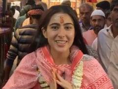"""<I>Namaste Darshako</i>"": Tour Guide Sara Ali Khan Strikes Again, This Time In Varanasi's Alleys"