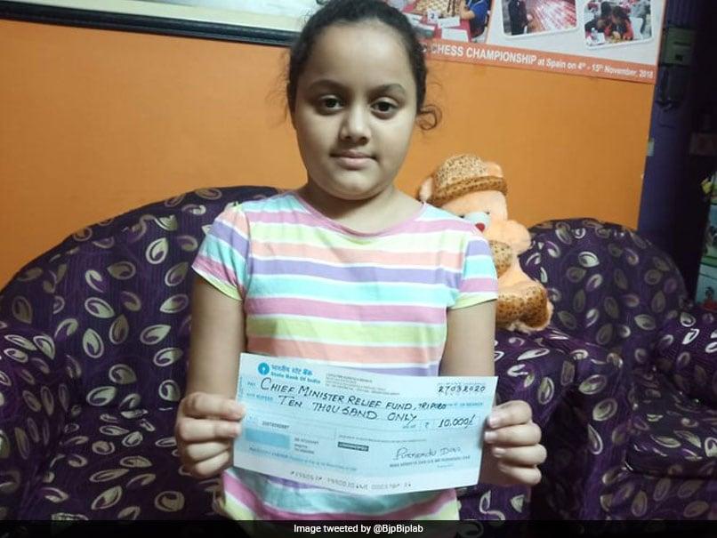 कोरोनावायरस से जंग के लिए 10 साल की चेस प्लेयर ने दिखाई ऐसी दरियादिली, मुख्यमंत्री ट्वीट किए बिना नहीं रह सके