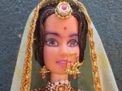 "How Do We Unsee This Doll Inspired By Deepika Padukone In ""<i>Padmaavat</i>""?"