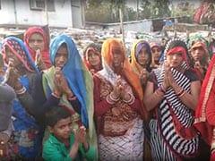 कोरोना का पता नहीं, लेकिन खाना न मिला, तो भूख से मर जाएंगे : लॉकडाउन में किल्लत झेल रहे मजदूर