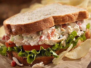 Watch: This Yogurt Sandwich Can Be A Perfect Quick-Meal While Working From Home