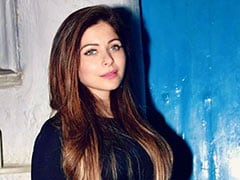 Singer Kanika Kapoor Tests Coronavirus-Positive For 3rd Time, Friend Tests Negative