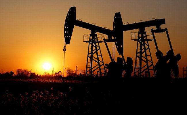 Middle East Wealthy Most Cautious After Oil Slump, COVID-19: Barclays