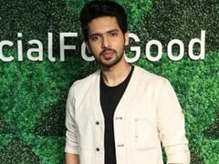 """""""Don't Worry,"""" Tweets Singer Armaan Malik After Deleting Instagram Posts Save One Reading """"Can't Take It Anymore"""""""