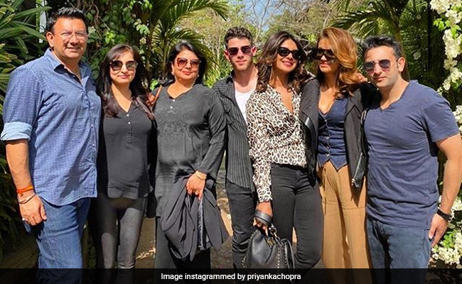 Inside Priyanka Chopra And Nick Jonas' 'Lit And Chill' Weekend Get-Together