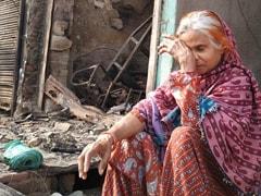 Delhi Violence: 60 वर्षीय महिला ने बताया कैसे बची आगजनी से, पहली मंजिल से कूदे बच्चे