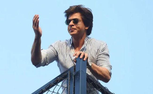 'We Are A Family': Shah Rukh Khan To Aaditya Thackeray As Virus Spreads