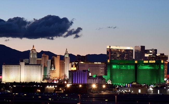 'Public Health Crisis': Largest Vegas Casino Shuts Down On Virus Fear
