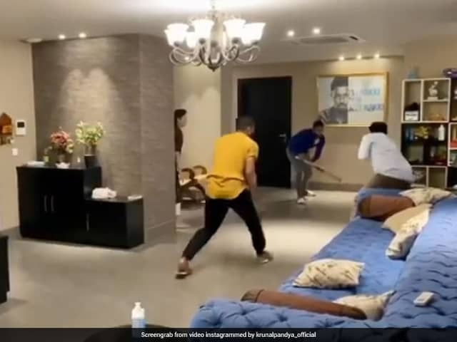 """""""Can Have Fun Indoors Too"""": Pandya Brothers Play Cricket At Home Amid Lockdown. Watch"""