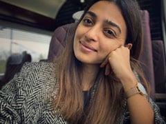 """Radhika Apte Went To London On """"Full Flight,"""" Shares Immigration Experience"""