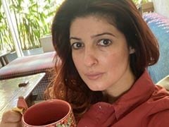Twinkle Khanna Posts A Selfie After Trying To Hide Her Face Because Of A Unibrow