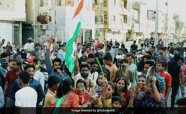 Sena Blames PM Modi's 'Taali Bajao' Call For Casual Approach To Lockdown