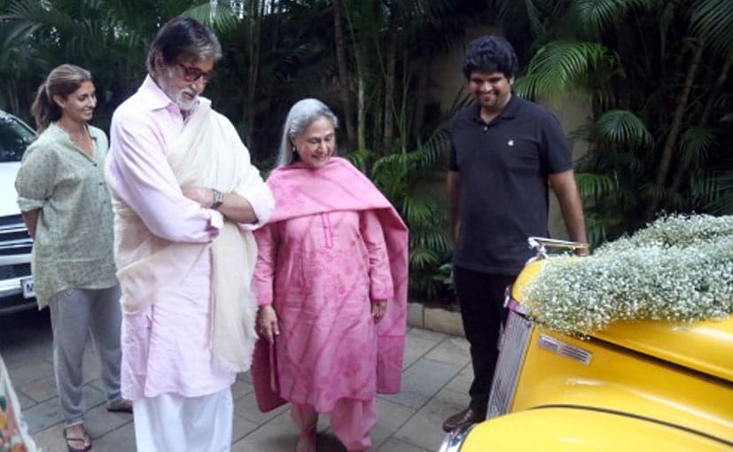 Image result for Amitabh Bachchan,Vintage Car,Mumbai Roads,Gift