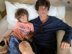 "Here's How AbRam Made Shah Rukh Khan ""Look Better Than Him"" In His Drawing"