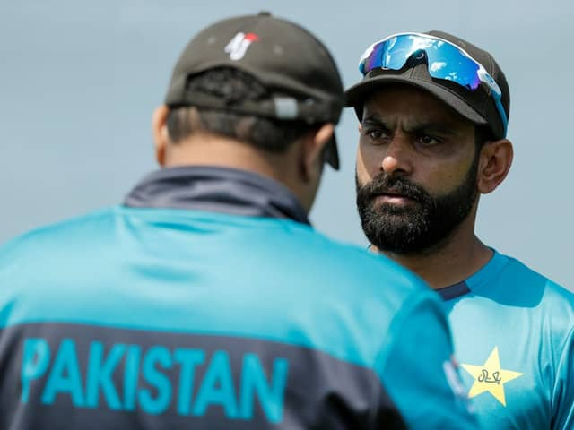 Mohammad Hafeez hits out at Ramiz Raja, says its his choice when to retire Watch Video