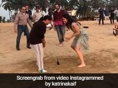 कैटरीना कैफ समुद्र किनारे खेल रही थीं ये गेम, अक्षय कुमार के एक इशारे में मार ली बाजी- देखें Video
