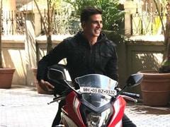<i>Sooryavanshi</i> Trailer Launch: Akshay Kumar Rode A Bike, Ranveer Singh Was Late