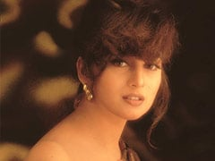 "Madhuri Dixit ""Still Loves This Look"" And So Do We"