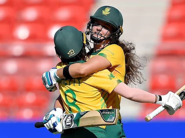 Womens T20 World Cup: South Africa Thrash Pakistan To Book Semi-Finals Berth