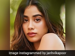 Janhvi Kapoor Celebrated Her Birthday With Four Decadent Cakes!