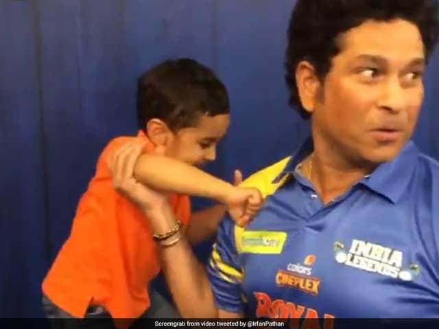 "Watch: Irfan Pathans Sons ""Boxing"" Match With Sachin Tendulkar"