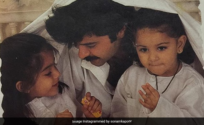 Quarantined, Sonam Kapoor Was Missing Fam. So She Posted This Throwback