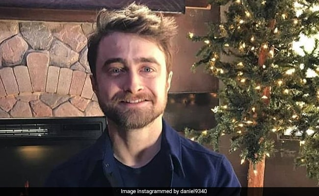 Daniel Radcliffe Busts Coronavirus Rumour Started By Fake Tweet thumbnail
