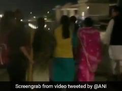 MP: कांग्रेस में सियासी उठापटक के बीच गुरुग्राम के फाइव स्टार होटल के बाहर हाई वोल्टेज ड्रामा, देर रात 'डैमेज कंट्रोल' शुरू